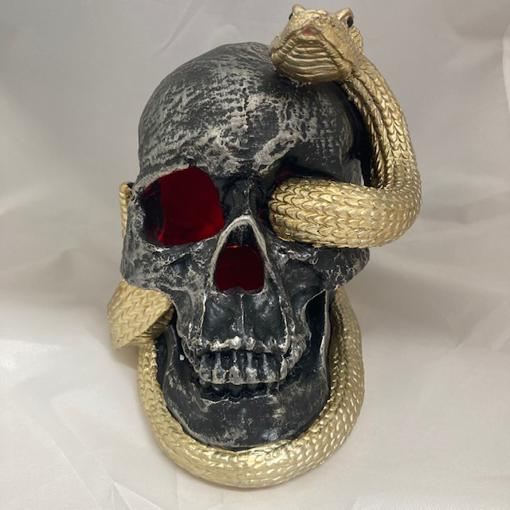 Obrázek z Halloweenská dekorace lebka s hadem - svítící